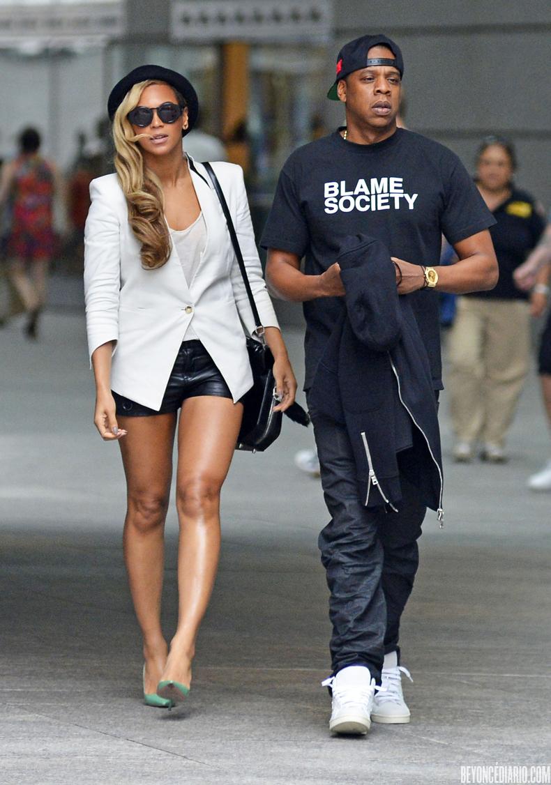 Beyoncé > Apariciones en público <Candids> [III] - Página 3 1