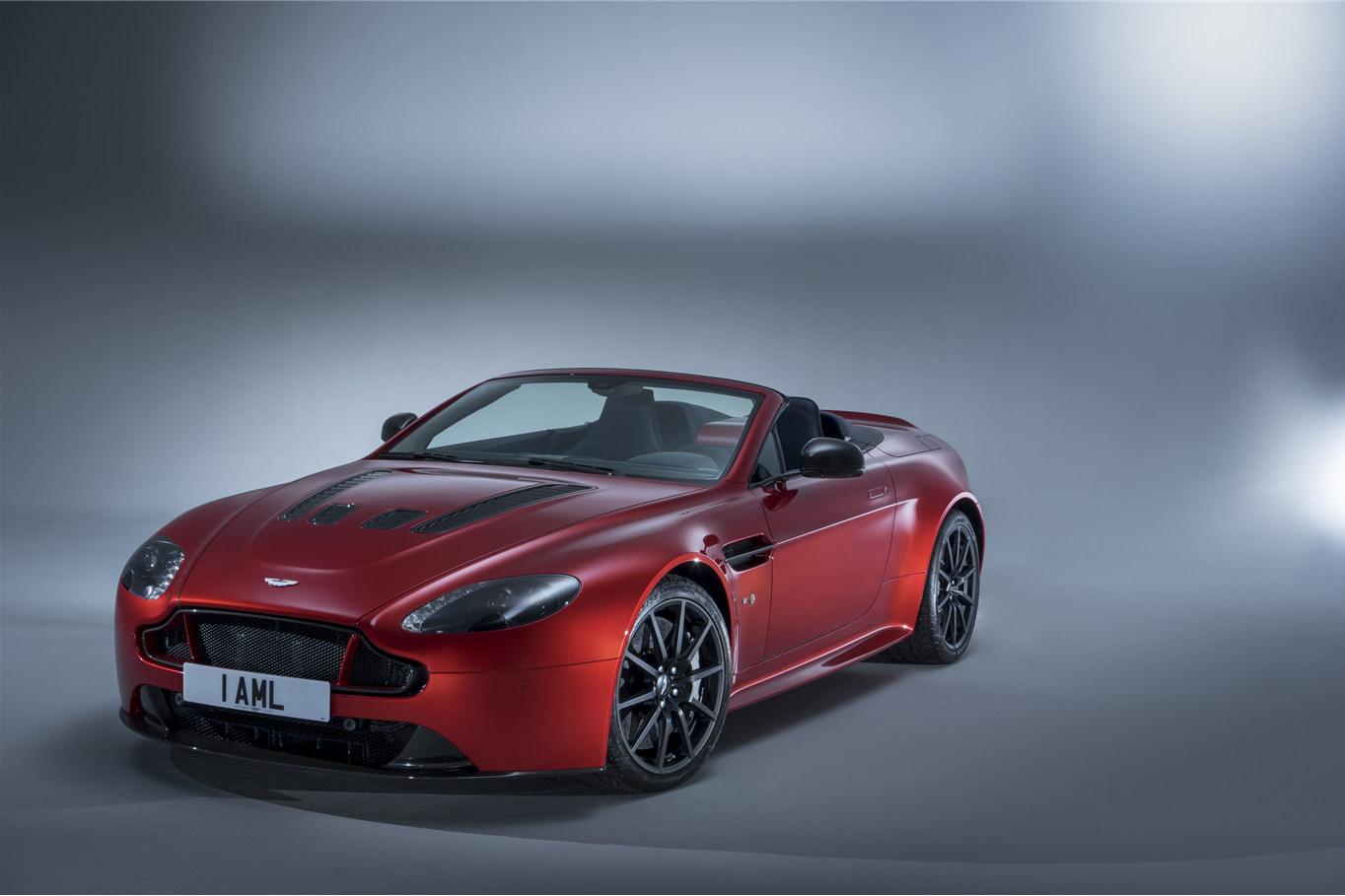 2011 - [Aston Martin] Vantage restylée - Page 2 Aston-Martin-Vantage-S-Roadster-12