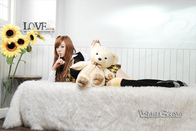 Hwang Mi Hee – Xinh không đỡ nổi Hwang_Mi_Hee_200912_15