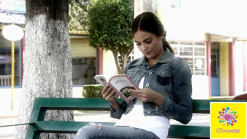 Ximena Navarrete/ /ხიმენა ნავარეტე #3 - Page 63 Vlcsnap-2013-06-12-11h34m32s124