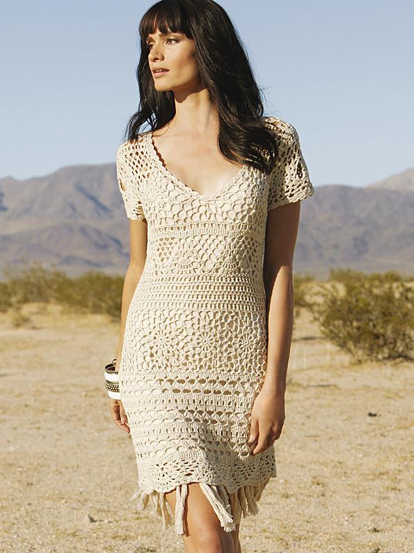 Mẫu váy móc rất đẹp mà em không có chart Crochet_dress_beige