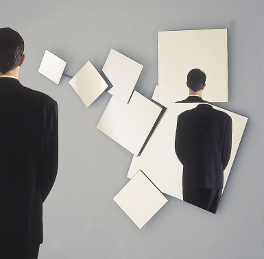 Eckard Tolle : faux messie ou être éveillé ? Espelho