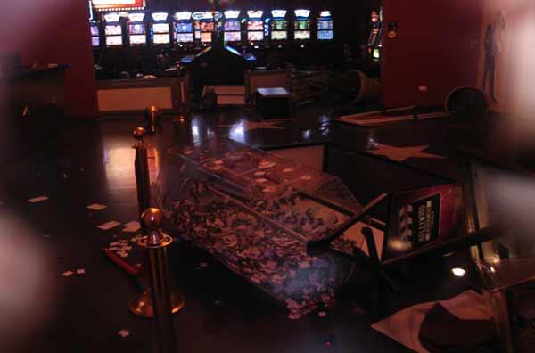 Casino Royale de Monterrey  - Página 2 Asaltohollywood4