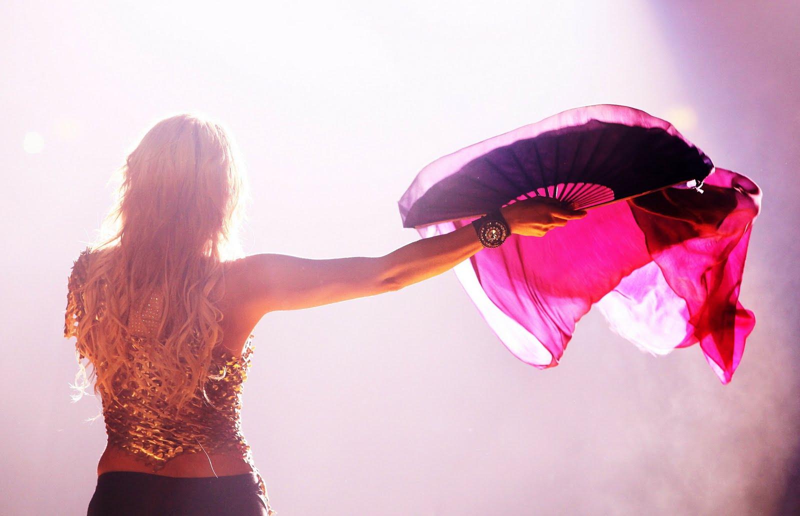 Galería » Apariciones, candids, conciertos... 78360_Shakira_PerformingliveinAssagoForuminMilanItalyMay32011_By_oTTo11_122_379lo