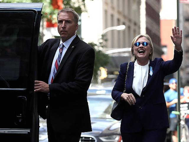 Hillary Clinton tiene las manos manchadas se sangre - Página 2 HillaryClintonImposter2