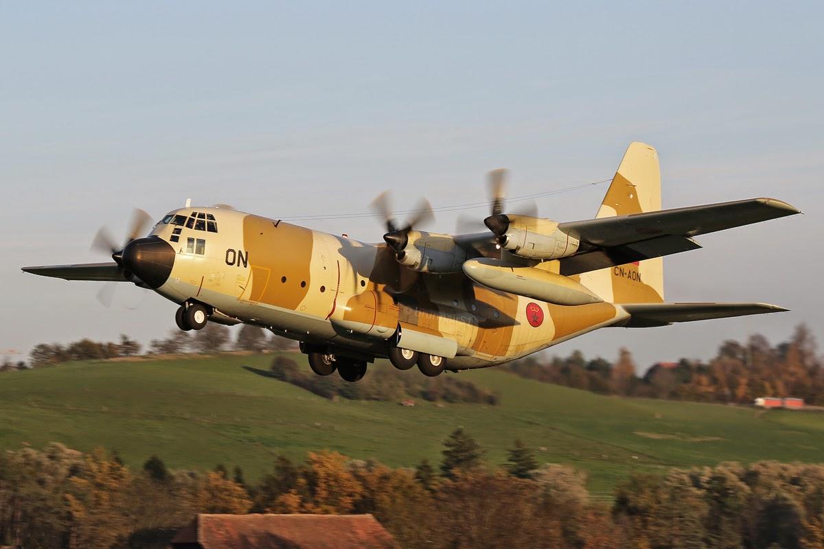 FRA: Photos d'avions de transport - Page 20 017A0145