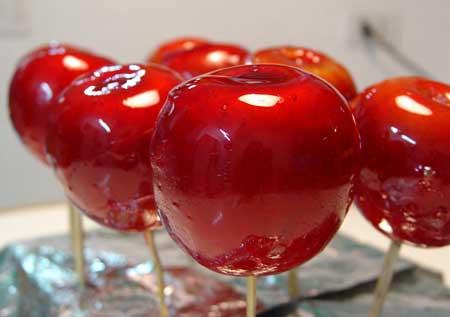 EL PARAISO  DE  LOS  PEKES  Y DE LOS NO TAN  PEKES ... mmmmm... Manzanas-acarameladas