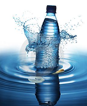 BRAINSTORM - Almacenamiento de Agua Salpicar-la-botella-de-agua-thumb9272143