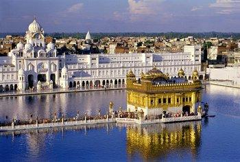 Los templos mas impresionantes de la historia que aún podemos visitar Golden%2BTemple