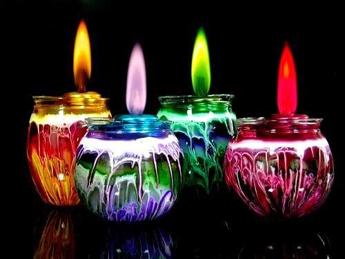 أفكّر بـ..........! Candle1