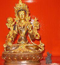 Homage à Tara 200px-White_Tara_statue_manor_place_291107%255B1%255D