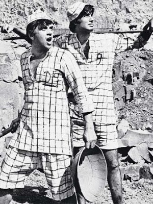 Bromance in the air Sholay Sholay_600x450