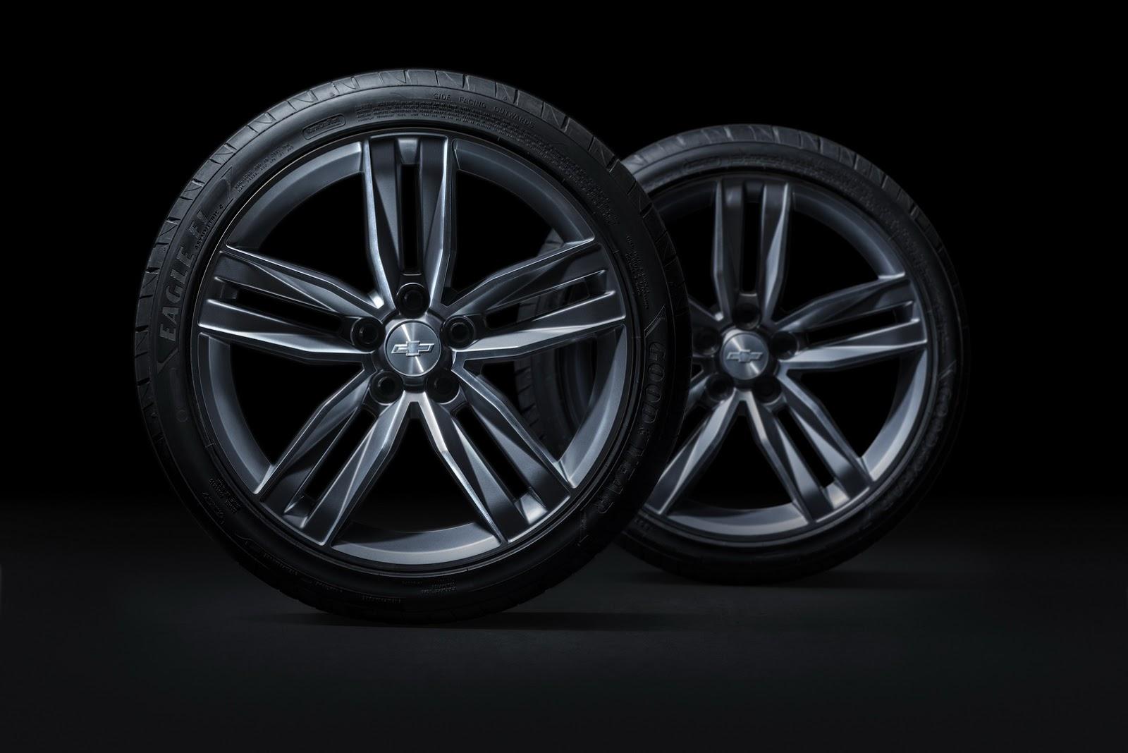 2016 - [Chevrolet] Camaro VI - Page 2 2016-camaro-wheels