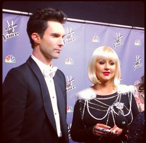 [The Voice 3] [Fotos+Videos] Christina Aguilera y Adam Levine en The Voice Press Room Normal_95%257E2