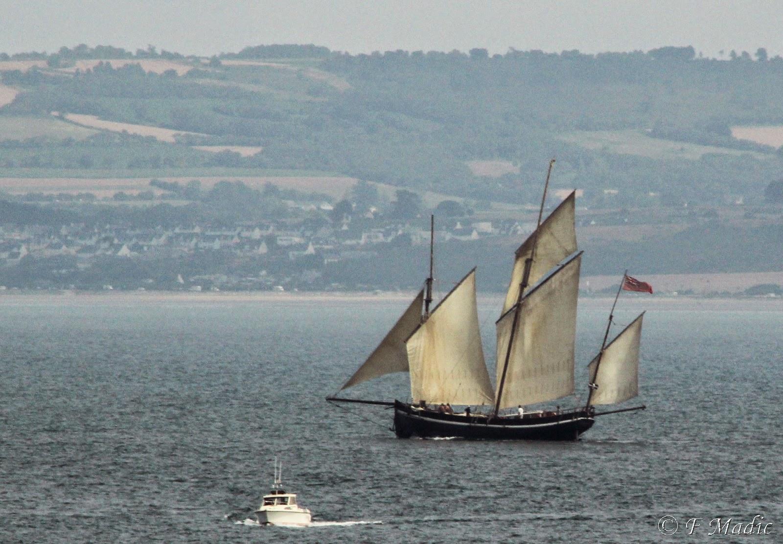 le bateau de Martin du 22 juillet trouvé par Martine IMG_3127%2Bcopie