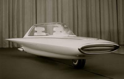 C-1, entièrement clos et auto-équilibré 1961-Ford-Gyron-Show-Car