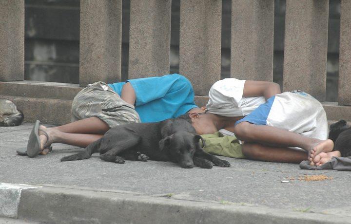 Una realidad que no hay en Cuba! 10_MHG_sp_meninosderua