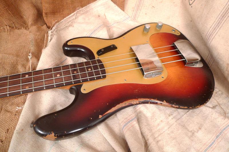 "Fender ""relic"" ou ""vintage"" Basses %2524%2528KGrHqRHJCoE7zP093cYBO85h-5dRQ%257E%257E60_3"