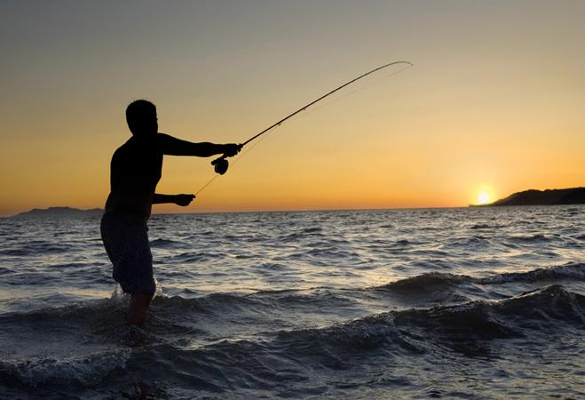 Ribolov na fotkama - Page 3 Travel_sea_of_cortez_fisherman