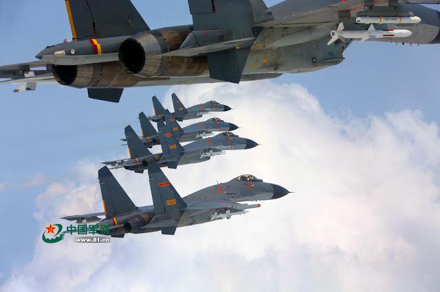 R. P. China - Página 41 Shenyang%2BJ-11%2Bflying%2Bin%2Bformation%2B1