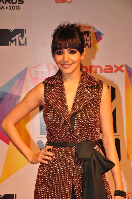 Anushka Sharma at Micromax MTV Video Music Awards India 2013 Micromax-MTV-Video-Music-Awards-India-2013-74