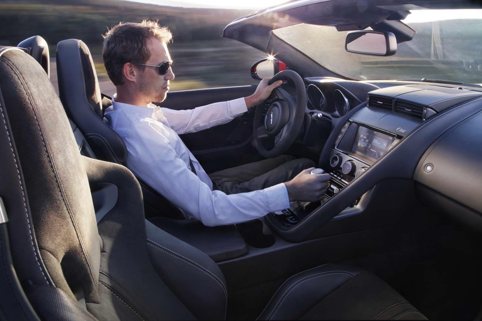 2012 - [Jaguar] F-Type - Page 14 Manual%2BS%2BCaldera%2BRed_05