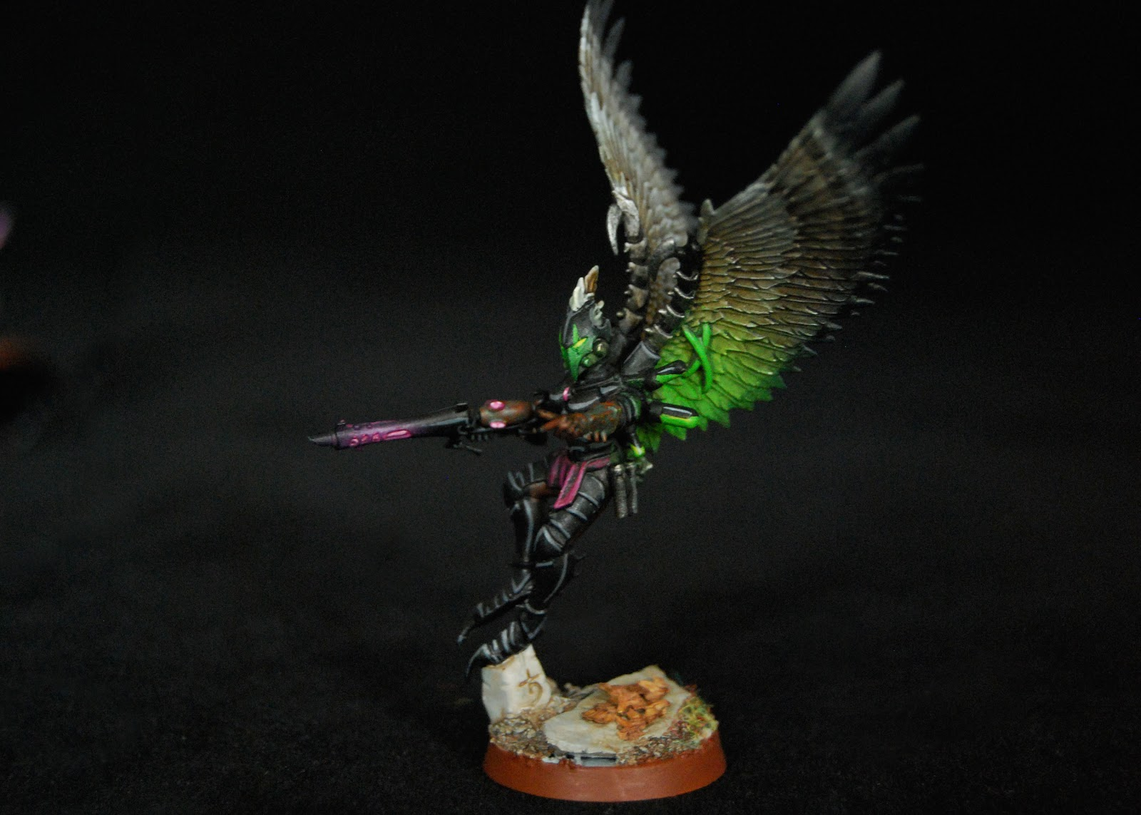 EOE's Dark Eldar Painting Tutorials  Birdwing_Scourges_05