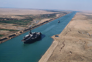 Architects and Engineers for Flat Earth Truth USS-America-in-the-Suez-canal
