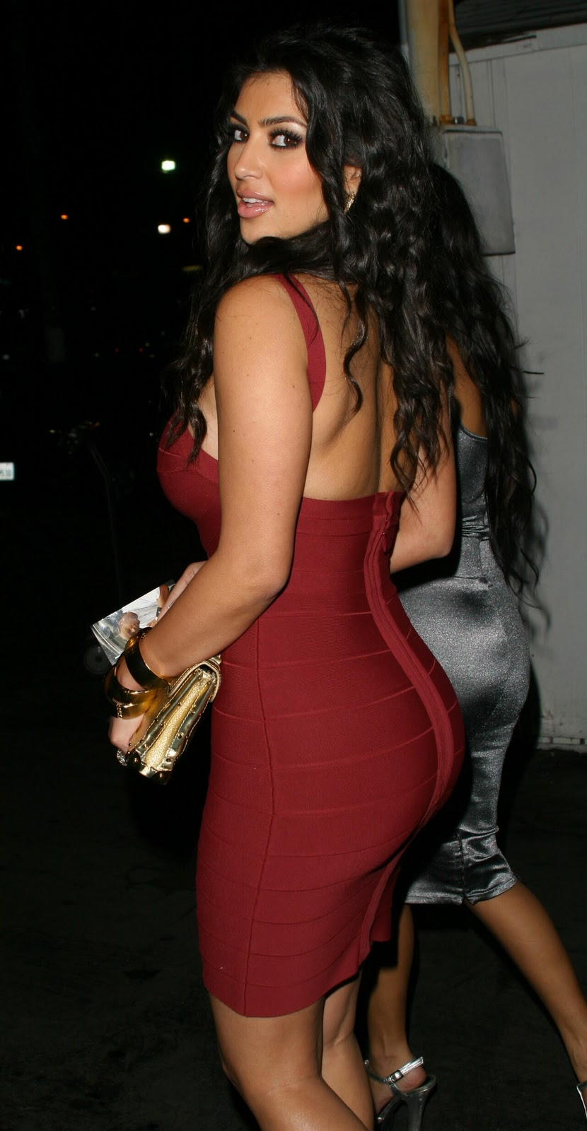 PELÍCULAS ERÓTICAS Kim-kardashian-butt-red-dress