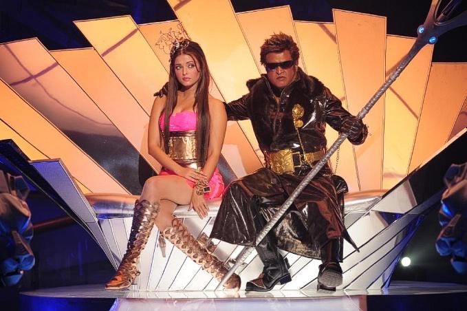 Rajinikanth and Aishwarya Rai in Tamil film Enthiran(The Robot)-12 Post-55-0-88832800-1305793031