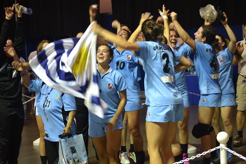 Uruguay (fem) empieza preparación para preolímpicos URU-CUB