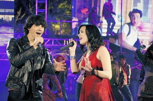 ````Camp Rock``` - Page 3 Camp_rock1_500