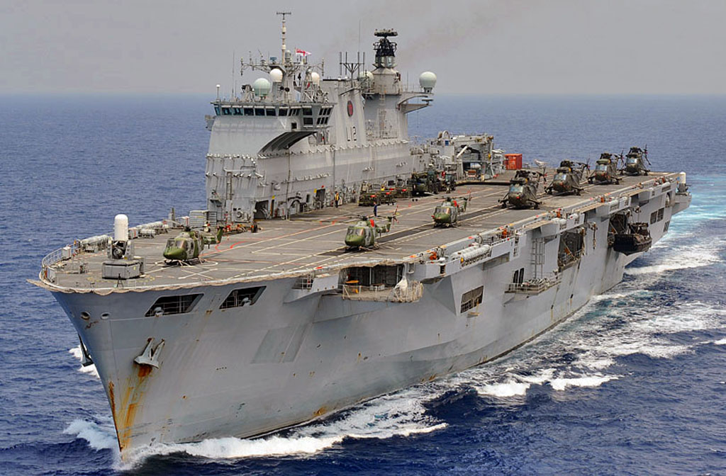 حاملات المروحيات HMS_Ocean_20100924093713