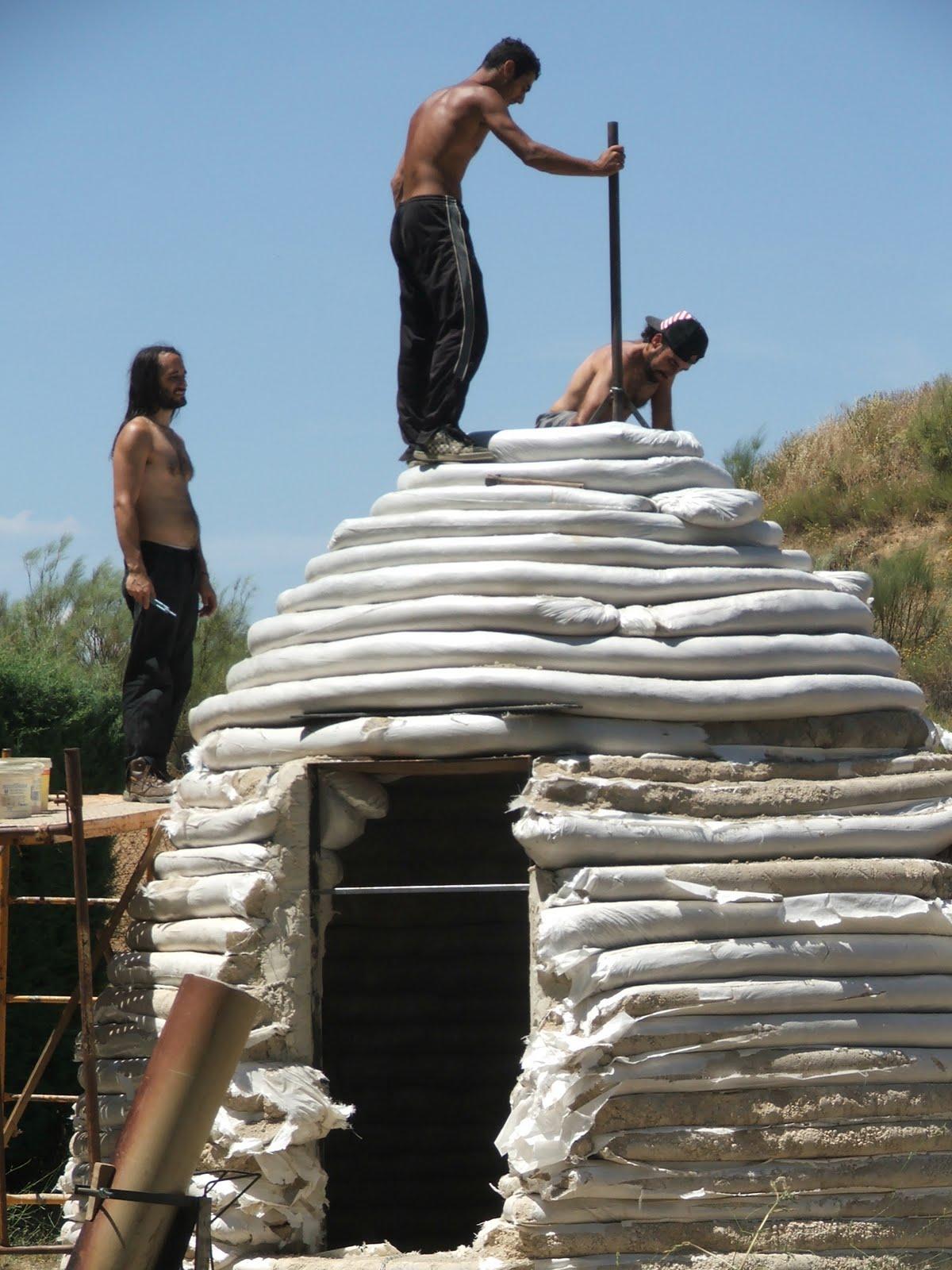 Refugio permanente con superadobe DSCF3423