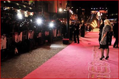 [Fotos] Christina Aguilera en la Premier de Burlesque en UK 2010! Burlesque-uk-premiere8%255B1%255D