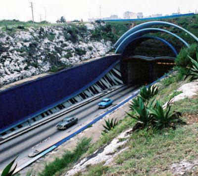 Vamos al túnel, mi vida  ***  Por Ciro Bianchi  TunelBahiahabana-Antes59