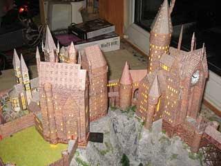 sapin, décos Noël HP Harry-potter-hogwarts-castle-papercraft-02