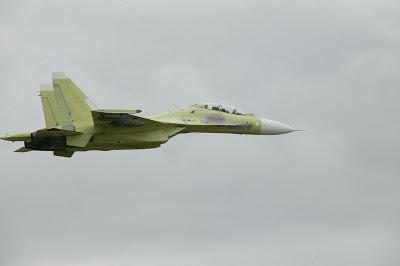 في سلسلة الصفقات الجزائرية...مفاوضات حول اقتناء 15 مقاتلة SU-30 MKA Su-30mk2_05_big