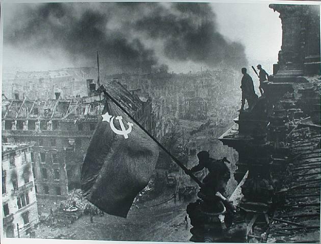 BERLIN. 1945 BatallaBerlin