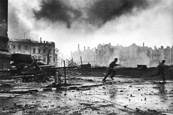 BERLIN. 1945 6