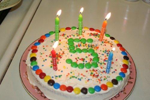 Aniversario del Blog de NOTICIAS de la Asociación en BLOGSPOT (03-06-2009) Tarta5