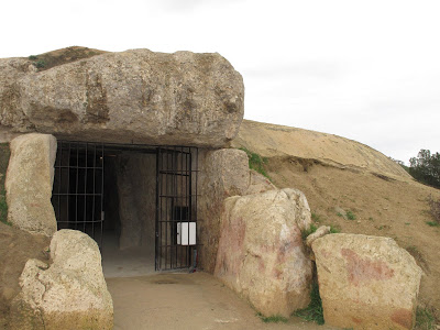 Who Built The 1000+Ton Dolmen de Menga? IMG_0363