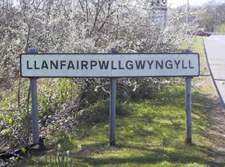 Značenje imena  - Page 2 A124_Llanfair