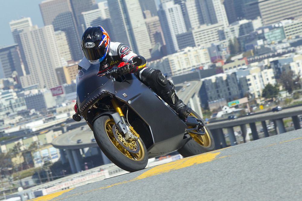Motos Zéro CO2 : mission One, motoCzysz, mission R ... - Page 3 5094002489_34c22c77a0_b