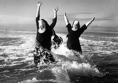 Les religieux dans la pub Nonne7