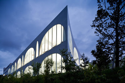 Najpoznatije svetske arhitekte Tama-Library-0184