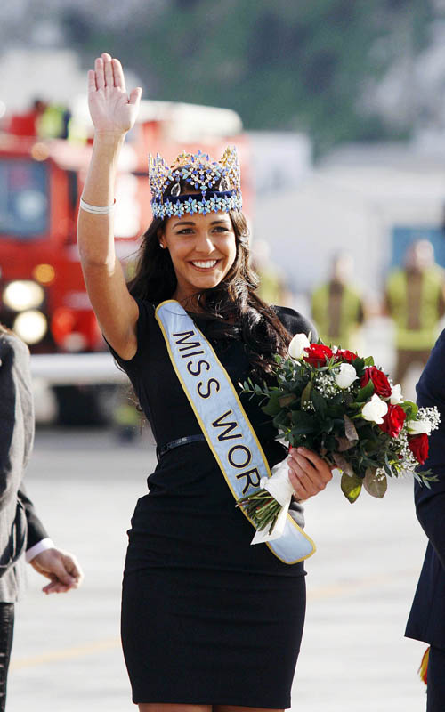 Kaiane Aldorino - Miss World 2009- Official Thread (Gibraltar) - Page 2 Missgibraltar121795