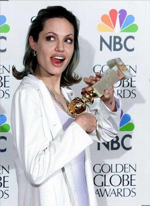 ¡Pillados! #Juego - Página 3 Angelina-Jolie-emotions-22