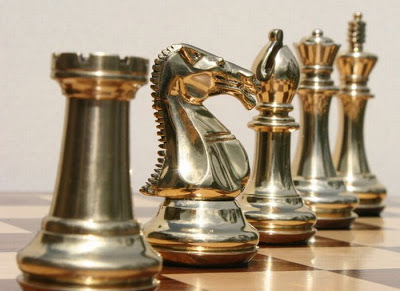 chess board டிசைன்கள் Unusual-chess-boards-04