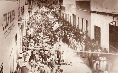 TACNA CAUTIVA, SU HISTORIA TACNA_1901_procesion_bandera
